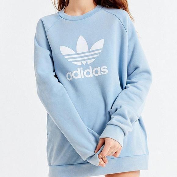 a7d5d88796 Top 10 Punto Medio Noticias | Light Blue Adidas Jumper